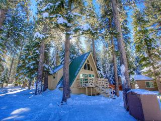 Affordable Authentic Chalet in the Woods ~ RA675