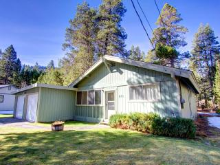 Fantastic Pet Friendly Cabin on Outskirt of Town ~ RA677, South Lake Tahoe