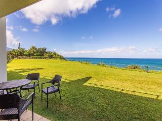 Puu Poa 105 Luxury 2 bed/2 bath condo with dramatic ocean views and designer interior! Heated Pool. Free car with stays 7 nts or more*, Princeville