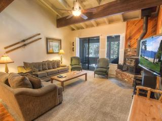 Sunny & Spacious Mountain Shadow Condo ~ RA876, Incline Village