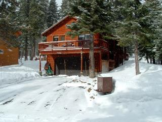 Quiet Cabin on Cross Country Trails! ~ RA47483, Tahoe City