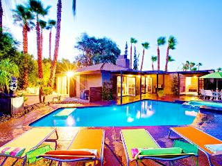 Paradise in Palm Springs, Upscale Vacation Home ~ RA49053