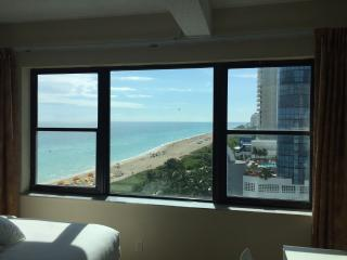 Direct Ocean 103 View New Listing with full Kitche, Miami Beach