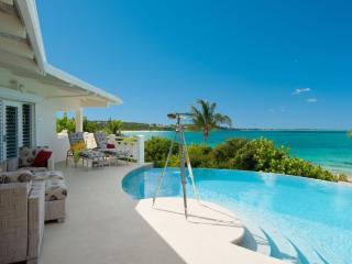 Turtle Beach Villa, Providenciales