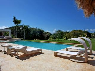 Cacique Modern, Sleeps 10, La Romana