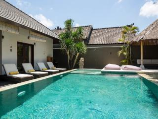 Luxury exotic villa 4 Bedrooms, Seminyak