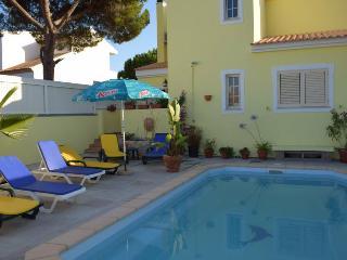 Houston Villa, Olhos de Agua, Algarve