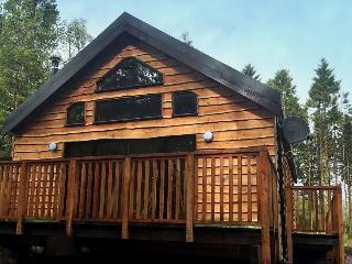 Burnside Cabin (no 33c), with hot tub, Dalavich