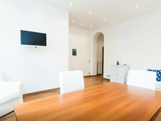 Milano Centrale - light and spacious apartment