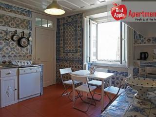 Charming Penthouse Cibele In An 18th Century Building - 7103, Lisbon
