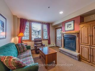 Zephyr Mountain Lodge One Bedroom. Sleeps 4.  Ski in Ski out!!, Winter Park
