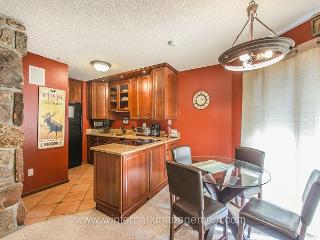 Tastefully remodeled 2 bed 2 bath in Old Town Winter Park!!
