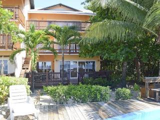 Bayside Villas 1A, West Bay