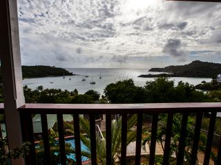 4 bedroom Luxury Villa, Farside House, Antigua, English Harbour