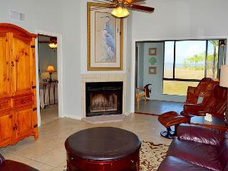 6/17-6/21~~Perfectly located villa~water views~close to Baytowne, shops, food