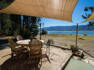 Lake House living - Right on the water., Lake Elsinore