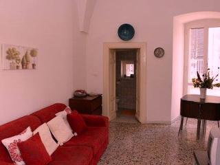 Central Ostuni Apartment - with sea views