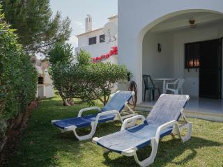 Quentao White Villa, Quarteira, Algarve