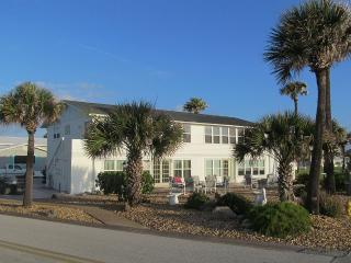 Oceanside 2Bd 1Ba Condos In Ormond-By-The-Sea, Ormond Beach