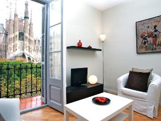 Plaza Sagrada Familia apartment, Barcelona