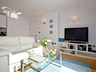 Apartment 5, Gara Rock located in East Portlemouth, Devon