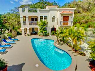 PRIVATE CUSTOM HOME & POOL, BEACH & RESTAURANTS, Rincon