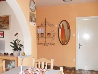 Spacious 2 bedroom apartment for 6 pax, Opatija