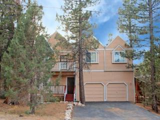 Big Tree Lodge is a spacious 4 bedroom cabin rental in Big Bear with beautiful views of the pine tree forest from the inside as well as the outside deck., Big Bear Region