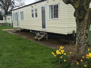 Caravan in the new forest hoburn bashley, Barton-on-Sea