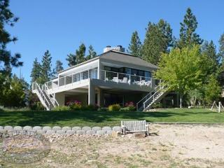 Big Bear Lakefront Cabin has beautiful views of the lake from inside and outside along the large deck., Big Bear Region