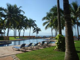 First Floor, great location, pool and beach front, Puerto Vallarta