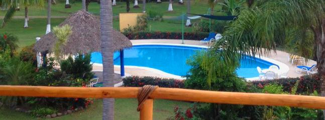 Eat breakfast on the Palaypa and watch the kids in the pool at the same time.