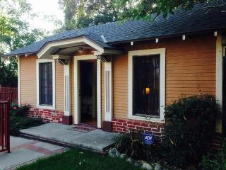 Private Cozy Cottage, Altadena
