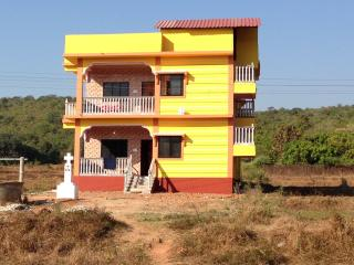 House in the Center of Arambol. WiFi