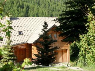 Le Troll  Hameau des Chazals Nevache Hautes Alpes