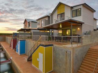 Village Quays, Villa 25 - Private Jetty up to 8m