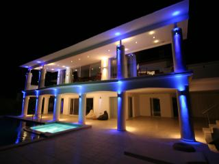 Dr. Ö. Residence.  Luxury villa with fantastic sea