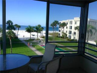 View the Gulf in all its splendor from this 2BR - 13 South, Siesta Key