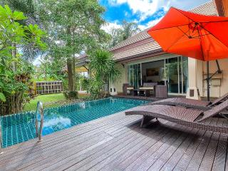 3 Bed Modern Tropical Garden Pool Villa - Naiharn, Rawai