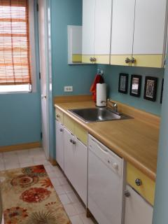 Kitchen - dishwasher