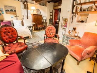 appartement duplex calme, artistique à Montmartre