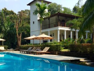 Villa Jardim, Assagao