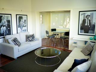 Cottesloe Beach House Stays - Bel-Air Apartment