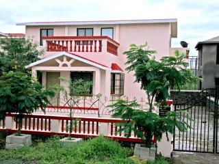 Furnished Bungalow in a Resort, Thane