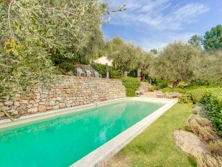 Villa Lunetta, Beautiful Holiday Home with a Pool, Grasse, Châteauneuf-Grasse