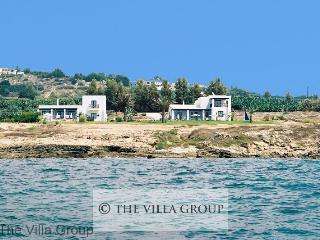 Villa 409, Kissonerga