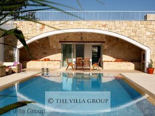 Lovely House in Miliou (Villa 43509)
