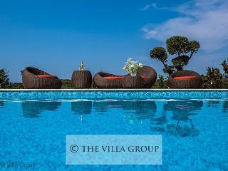 Villa 59285, Buje