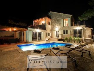 Villa 63189, Selca