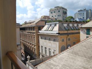 Monolocale con posto auto nel Centro Storico, Genua